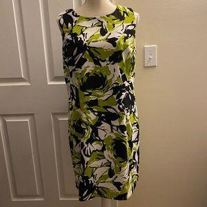 Ronni Nicole Women's size 14P black & green dress